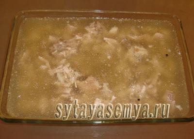 holodec-iz-svinyh-nozhek-recept-6