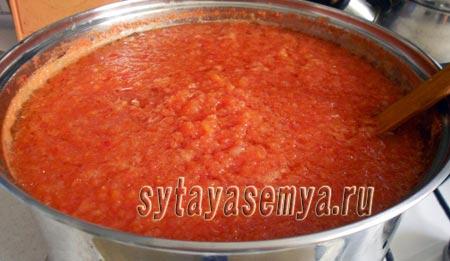 adzhika-iz-pomidor-i-pertsa-na-zimu-6