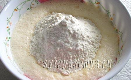 pirog-na-rassole-v-multivarke-polaris-3