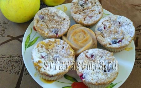 Рецепт диетических кексов из цельнозерновой муки с яблоками