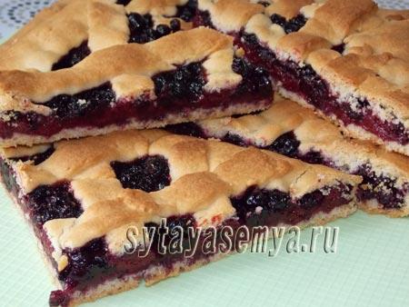 Пирог с ягодами из песочного теста: пошаговый рецепт с фото
