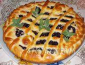 Миниатюра к статье Дрожжевой пирог со смородиной