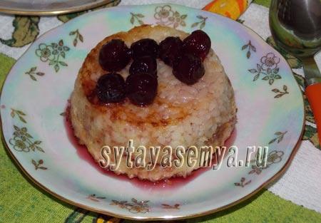risovaya-zapekanka-s-yablokami-Рисовая запеканка с яблоками