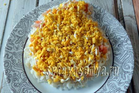 salat-ded-moroz-s-krasnoj-ryboj-4