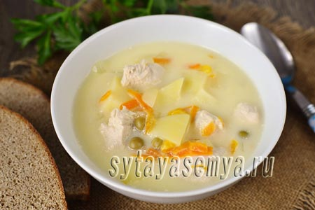 Суп из плавленного сыра с курицей
