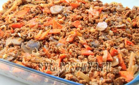 Пшенная запеканка с мясом и грибами в духовке