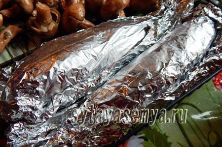Скумбрия в фольге на костре: пошаговый рецепт с фото