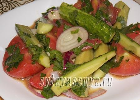 Быстрый маринованный салат, рецепт с фото