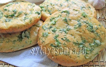 Лепешки из картофельного пюре в духовке, рецепт с фото