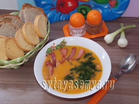 суп-пюре из овощей с колбасой