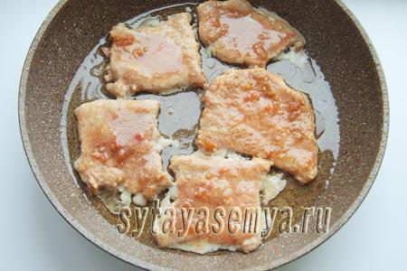 Отбивные из свинины в медово-соевом маринаде