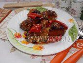 Миниатюра к статье Свинина в остро-сладком соусе, запеченная в духовке