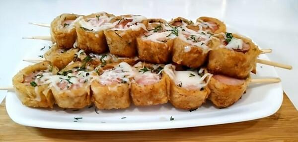 Закуски из лаваша на праздничный стол: рецепты с фото, простые и вкусные в духовке