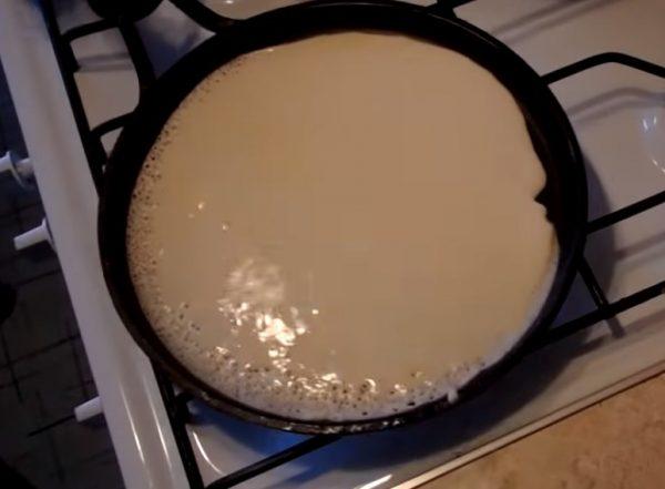 Блины на кефире заварные с кипятком: рецепт с фото пошагово